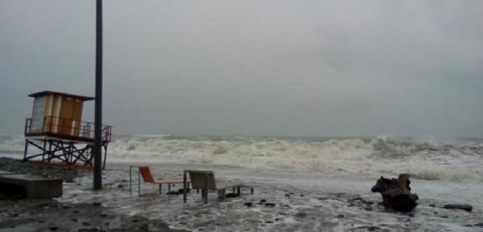 სინოპტიკოსების პროგნოზით, საქართველოს სანაპირო ზოლზე ხვალიდან შტორმი მოსალოდნელი აღარ არის